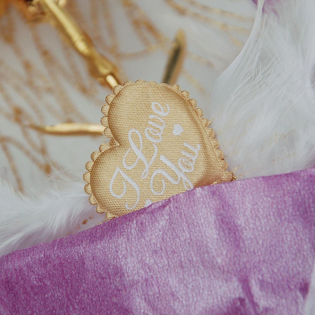 凱馨 99.9%金箔紫色康乃馨 (附保證書、提袋)