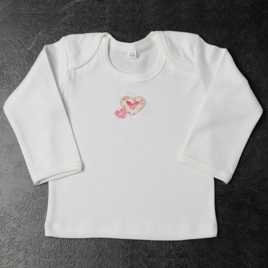 Daisy Roots 彌月禮盒 英國可手洗手工鞋S號0~6M 新生兒 T恤 - 綿綿愛心 LDH04S