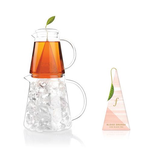 血橙冰茶 Blood Orange Iced Tea {紅茶} 閃爍著熱情的色澤,品味來自摩洛哥血橙獨特的甘甜味。