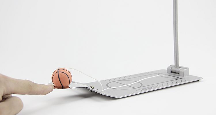 創意小物館 桌面指尖籃球 紅色