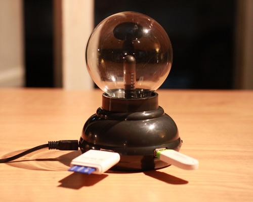 賽先生科學工廠 Plasma 電漿球 / 靜電球 (USB hub功能)(自)