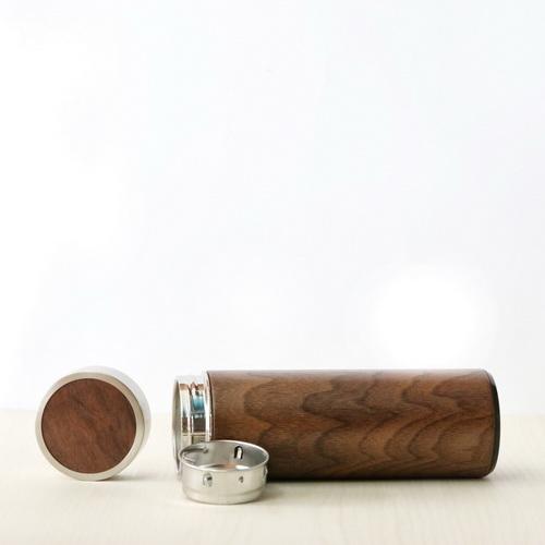 【可雷雕】木入三分 汋飲保溫瓶-胡桃木