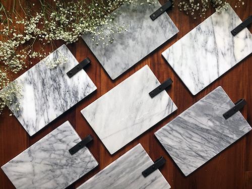 天然礦石紋理特殊,顏色偏灰、偏白、紋理清晰、紋理較少等狀況皆有