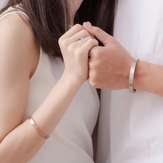 【可刻字】 IR 堅定的愛 西德鋼情侶手環(男款(黑色)+女款(玫瑰金))
