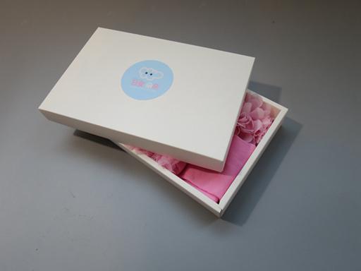 日安朵朵 女嬰童蓬蓬裙禮盒組 - 粉嫩小公主 (裙+圍兜+寶寶襪) 櫻花