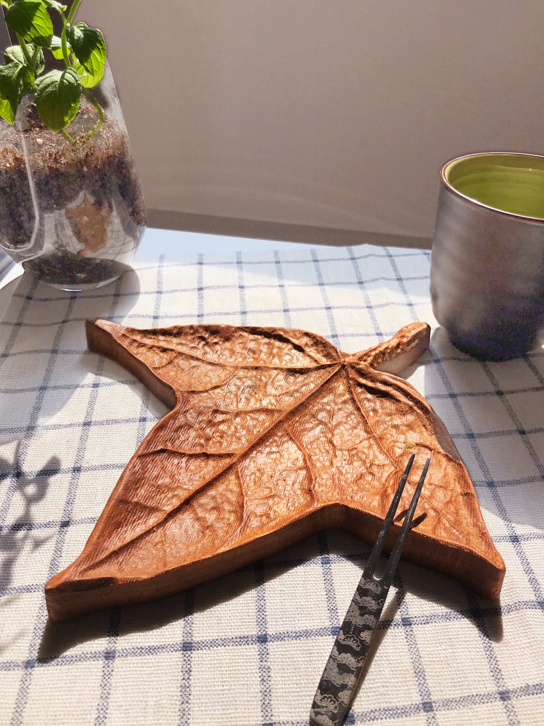 木城工坊 原木楓葉造型茶點盤-楓香