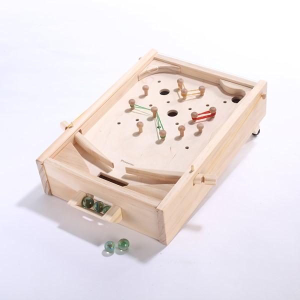 可調整檯座高度,附3種不同難易度的玩法