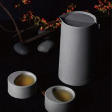 KOAN+ 一葉漱石 Hermitage 白