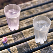 <span class=cutoff>Perrocaliente SAKURASAKU 霙  櫻花杯 雙入同款不同色 ...</span>
