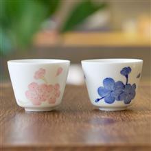 三淺陶社<br />櫻花茶杯(一對)(青花/五彩)