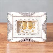 <span class=cutoff>凱馨 世紀婚禮 Yes, I do.黃金箔 王子與公主的幸福起點 (珍珠框小) ...</span>